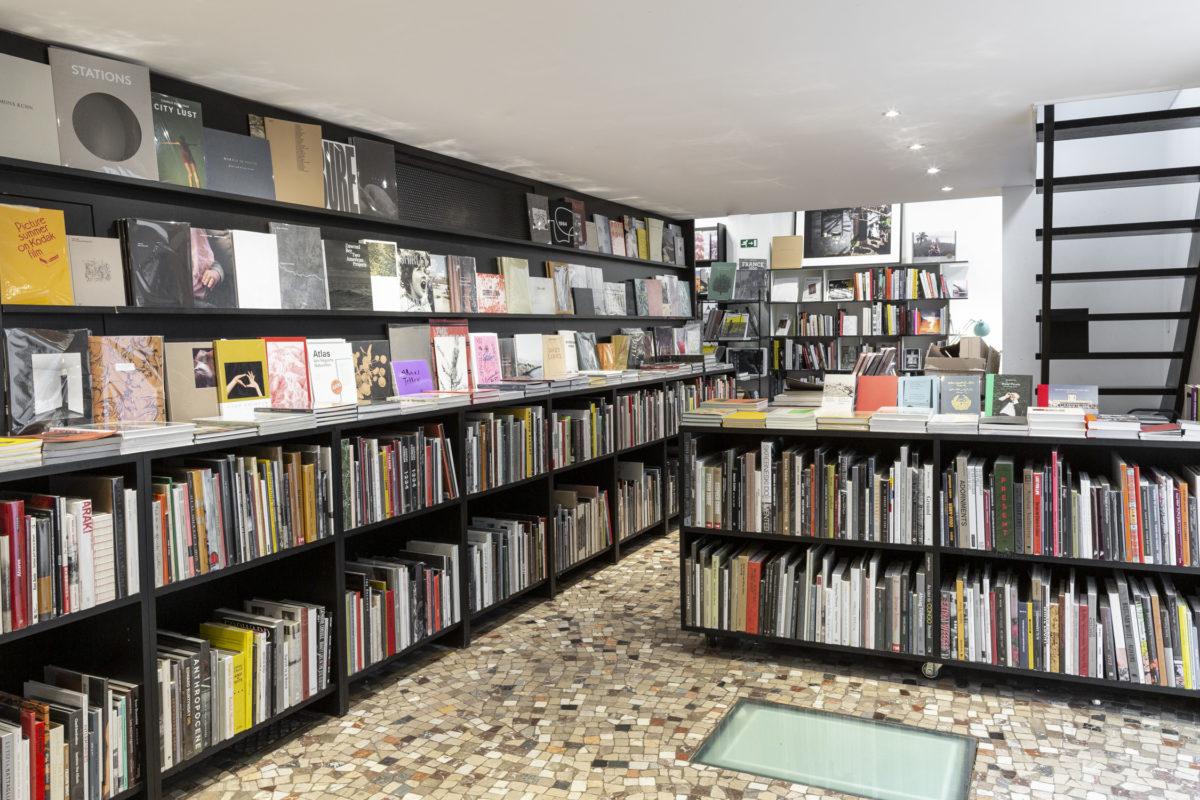 Peinture Fraiche bookshop