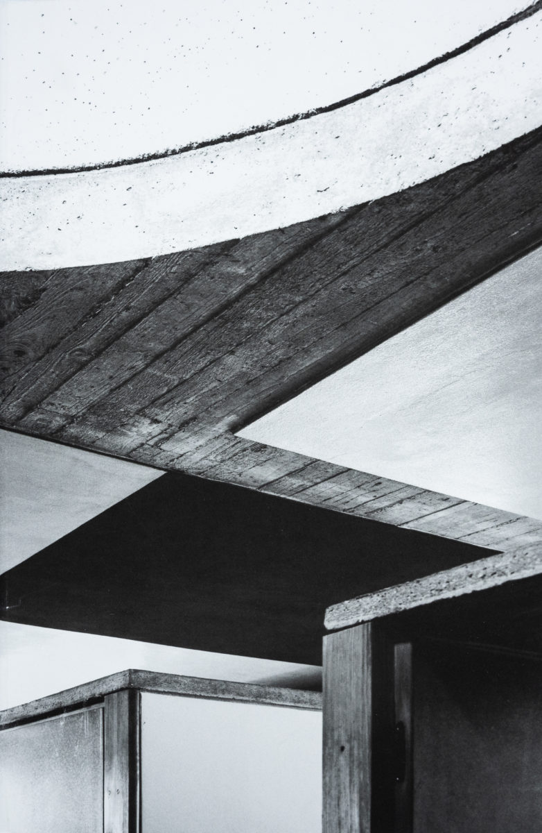 Maria Bottero, Incursions au-delà du moderne: l'architecture de Umberto Riva