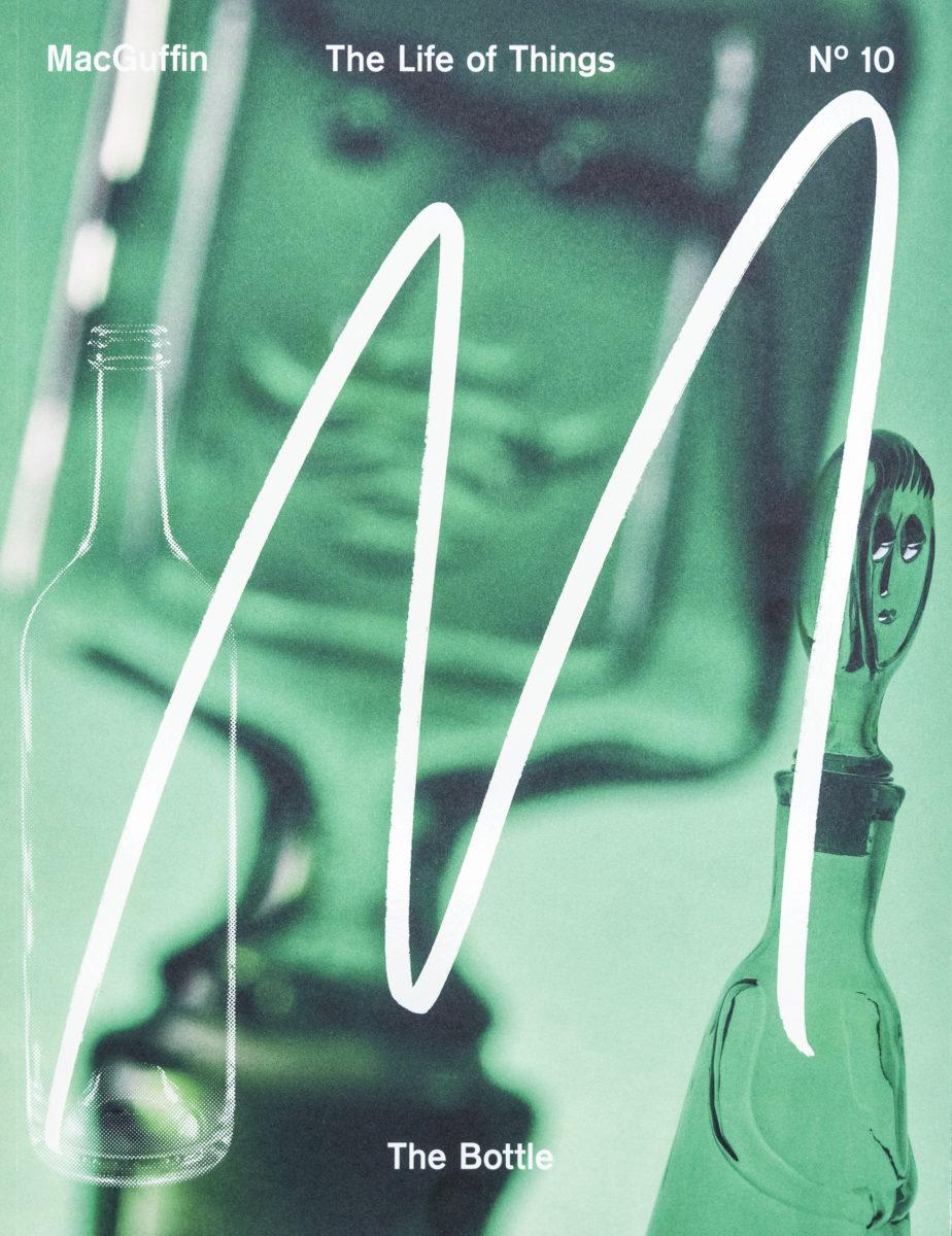 Mac Guffin 10, The Bottle